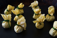 green_chilli_chicken_wonton_raw