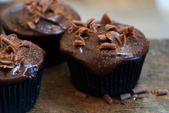 velvet_chocolate_beetroot_cupcakes