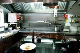 sat_bains_kitchen