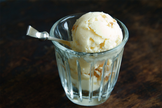 Stem_ginger_ice_cream